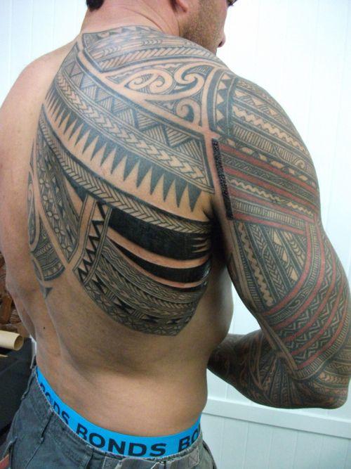 Maori Back Tattoo: Maori Tribal Tattoo On Back And Shoulder