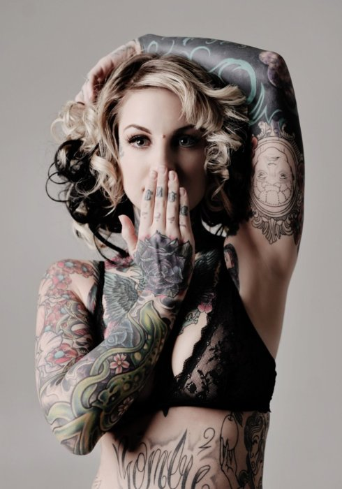 image reblogged from www.tattoounet.tumblr.com