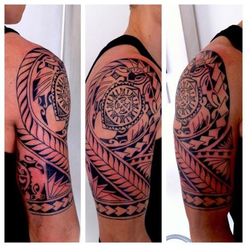 guys polynesian half sleeve tattoo with sea turtle. Black Bedroom Furniture Sets. Home Design Ideas