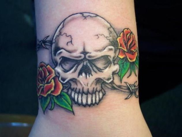 Barbed Wire Rose Tattoo: Skull Tattoo With Barbed Wire & Roses